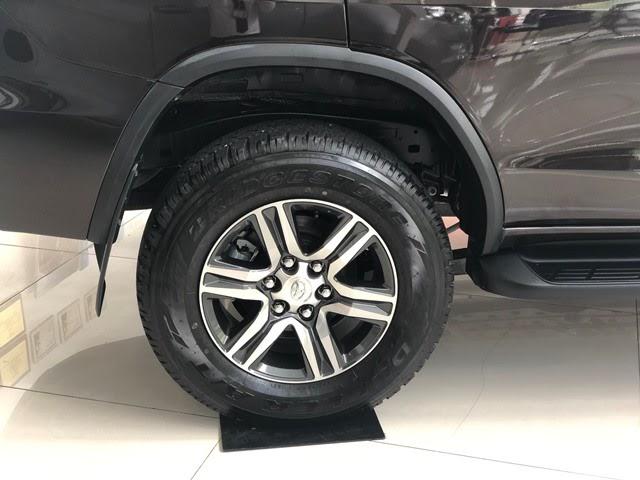 Mâm xe Toyota Fortuner 2020 kích thước lớn