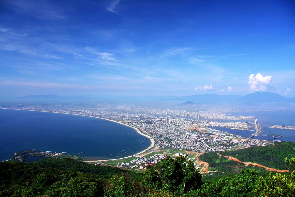 Toàn cảnh vẻ đẹp của bán đảo Sơn Trà