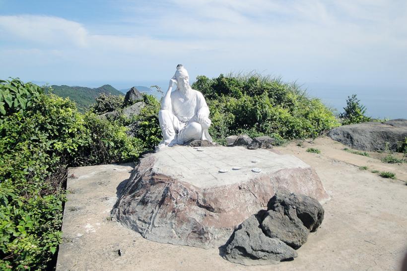 Thăm đỉnh Bàn Cờ tại Đà Nẵng