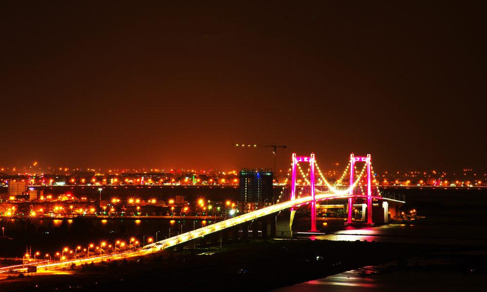Vẻ đẹp về đêm của cầu Thuận Phước