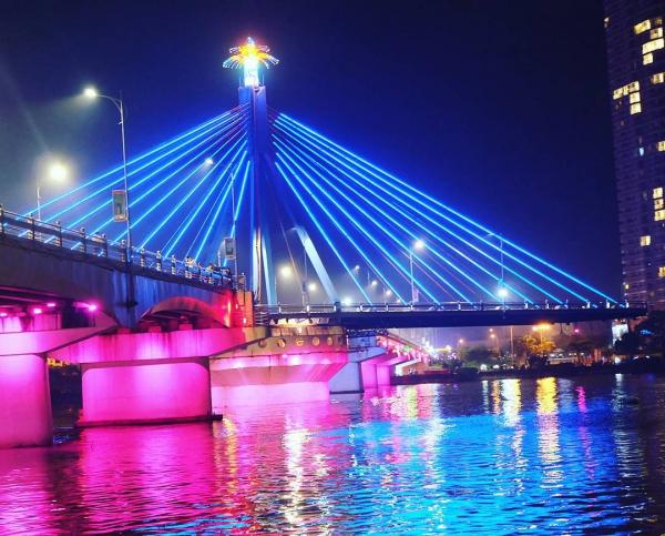 Cây cầu quay duy nhất tại Việt Nam còn hoạt động