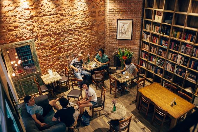 Tranquil Books & Coffee - Quán cafe sách yên tĩnh tại Hà Nội