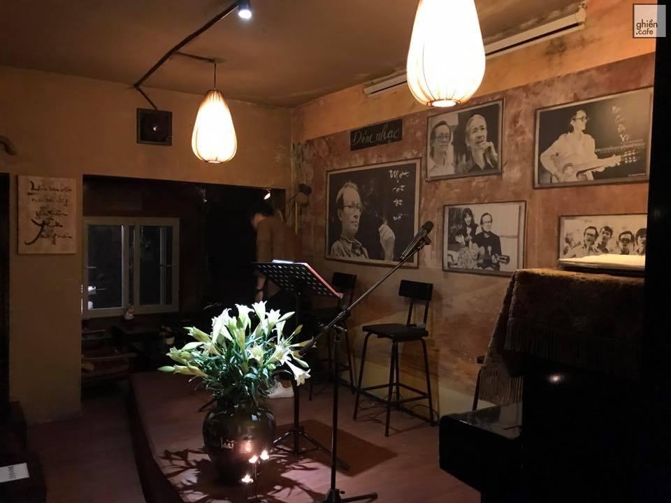 Không gian hoài niệm, mộc mạc tại Cafe Trịnh Ca