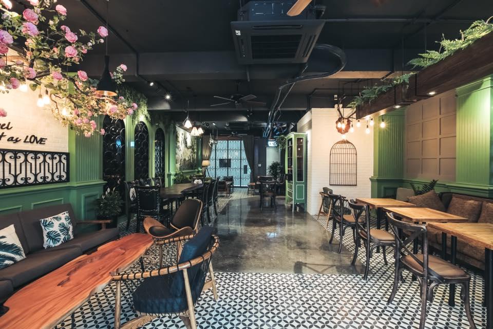 Không gian ấm áp, xinh xắn tại Le Soleil Cafe, Hà Đông