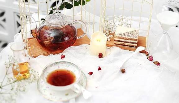 Trà và bánh tại Smile Tea & Coffee