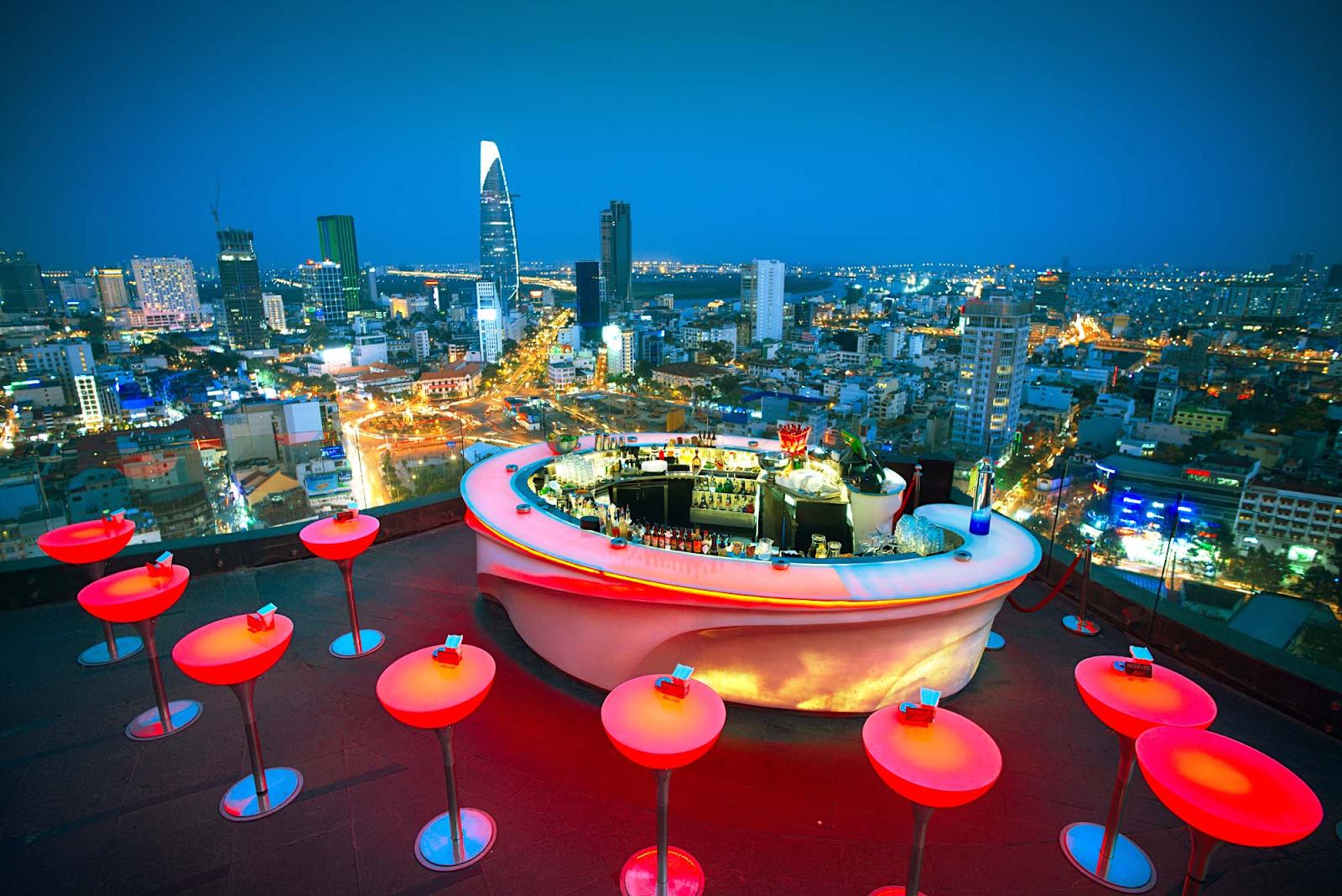Lên đồ quẩy tưng với Chill Skybar Sài Gòn