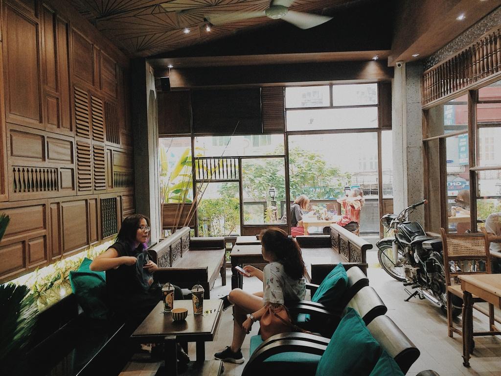 Cà phê Cô Ba Sài Gòn Rooftop - điểm đến quen thuộc của giới trẻ