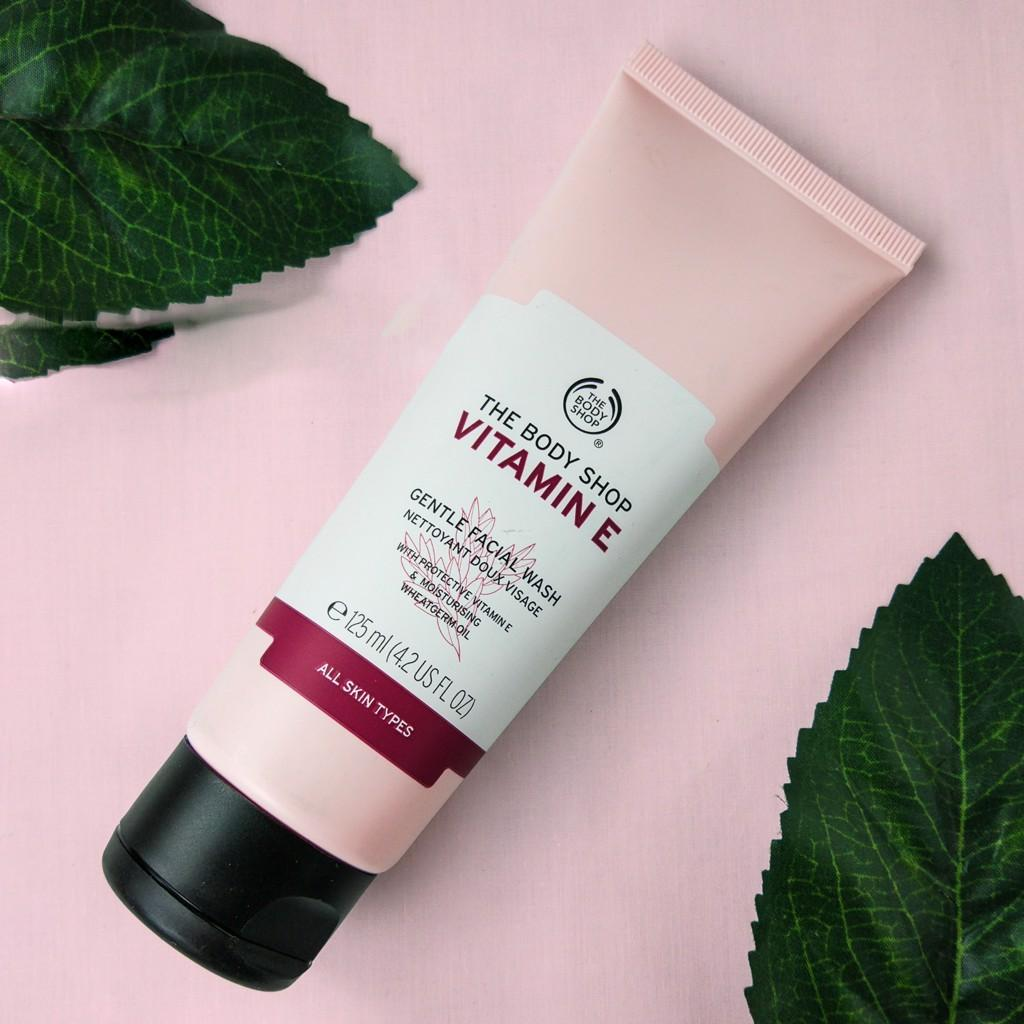 Sữa rửa mặt The Body Shop Vitamin E