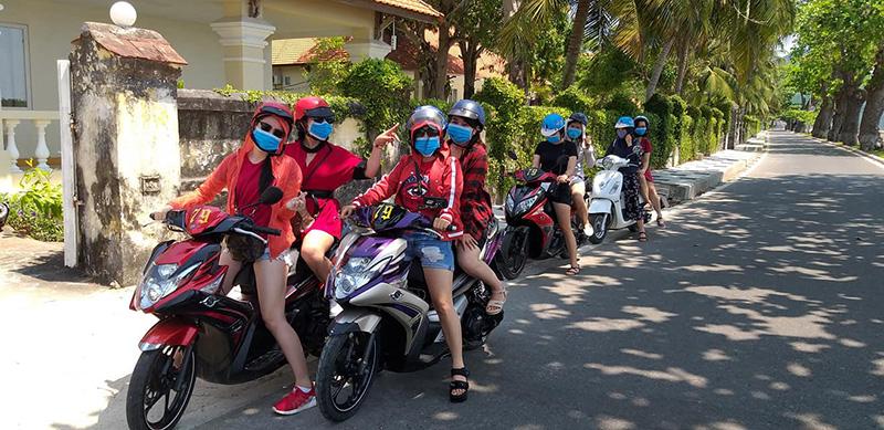 Nên thuê xe máy Huế khi đi du lịch
