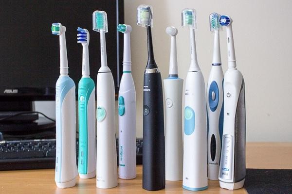 Hình ảnh bàn chải đánh răng điện