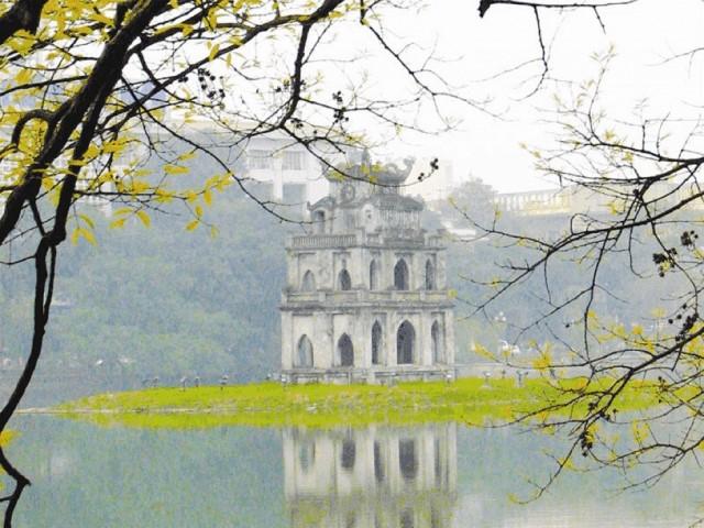 Hồ Hoàn Kiếm cực thơ mộng
