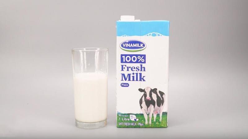 Uống sữa tươi không đường mỗi ngày